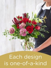 Christmas Hand-tied Bouquet and Vase